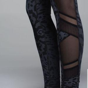 Just breathe cheetah print leggings 8